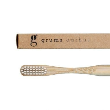 Grums Eco-friendly Bamboo Toothbrush White Closeup